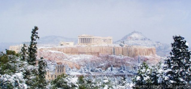 A rare but so beautiful day for Athens..in white!