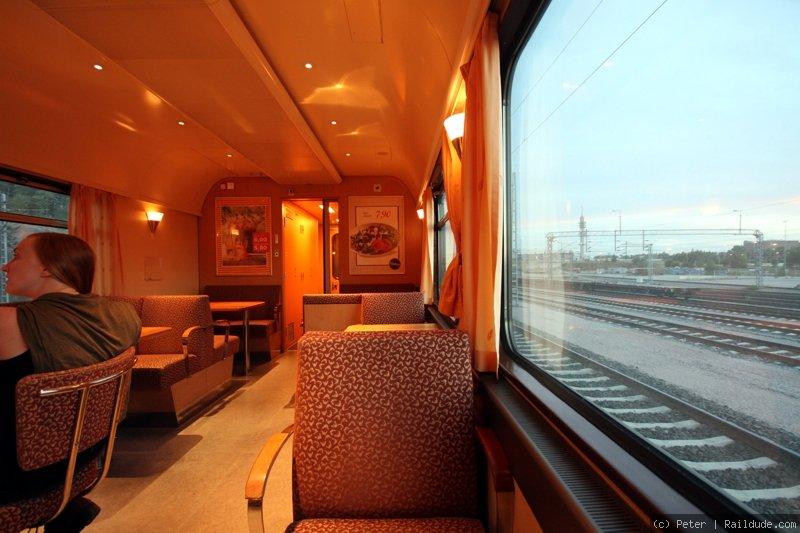 Juna Helsinki Rovaniemi