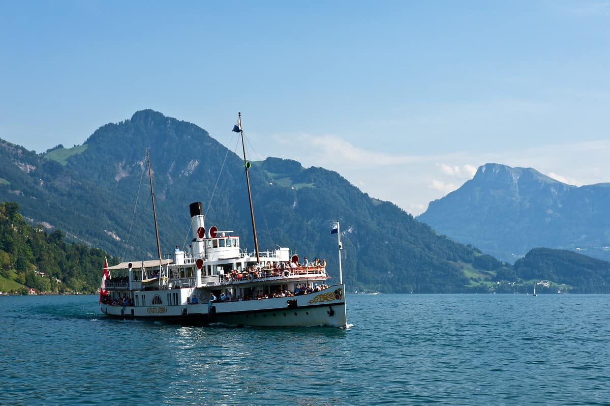 Some services are operated by vintage steamboats, the Stadt Luzern being an example.