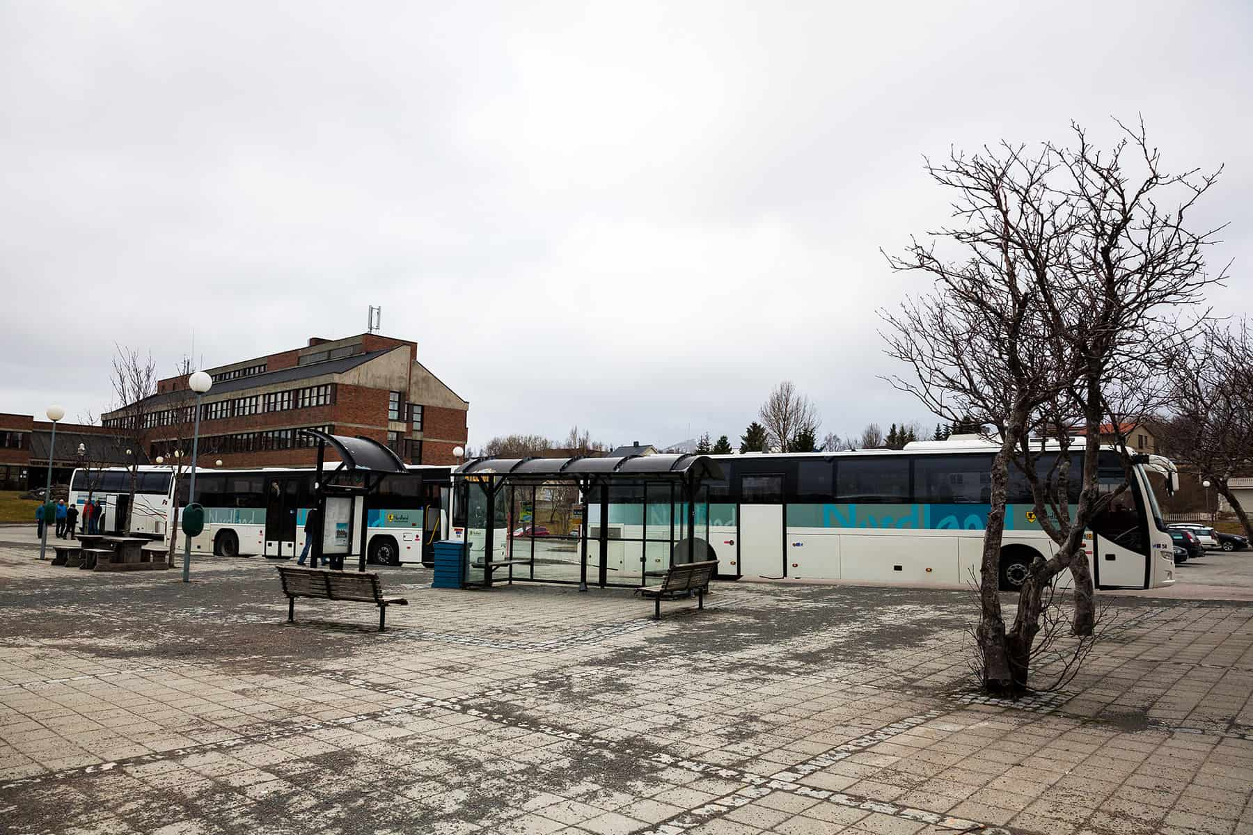 In Leknes is a central bus station with several possible interchanges.