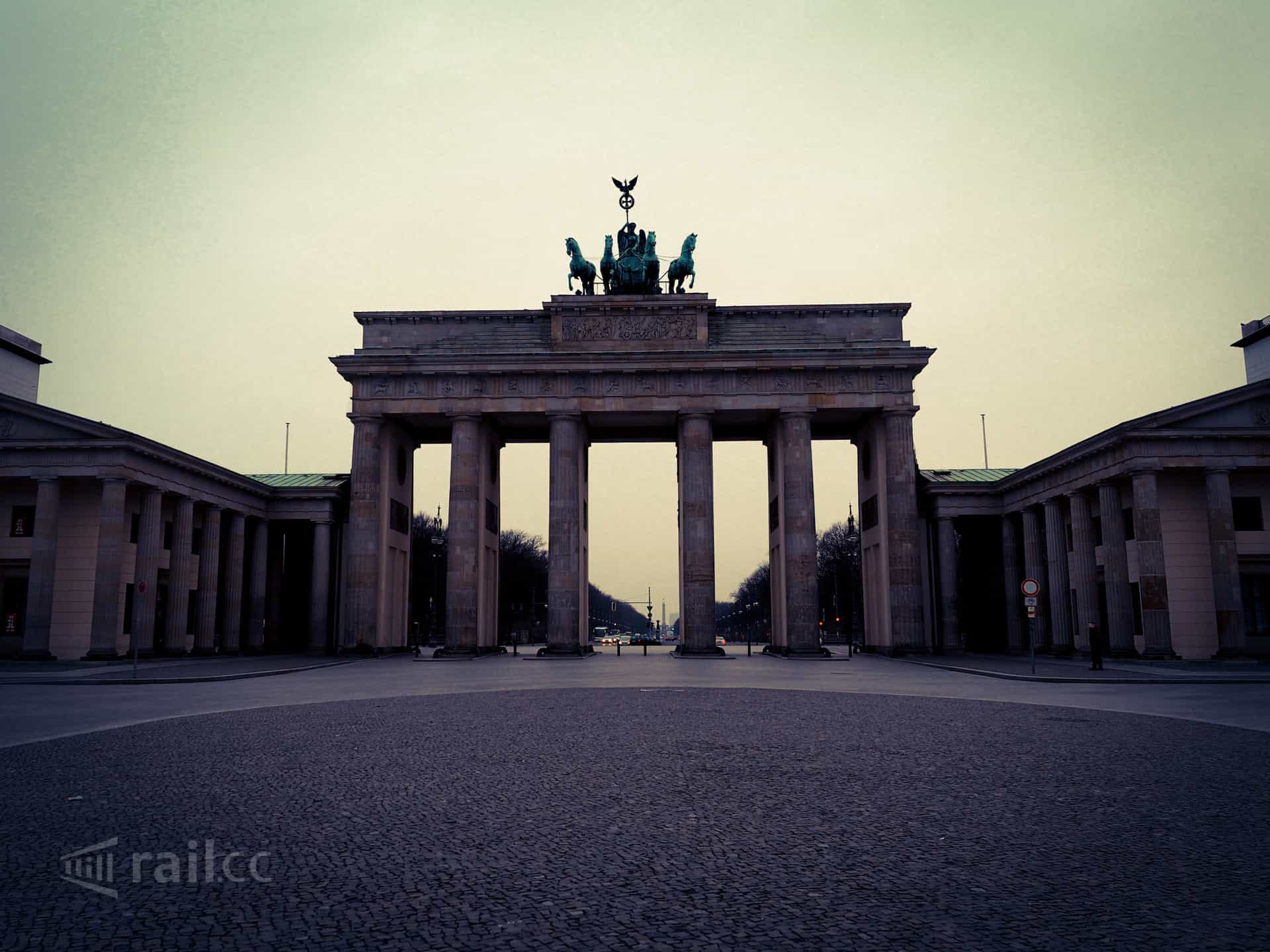 Brandenburg Gate at early morning