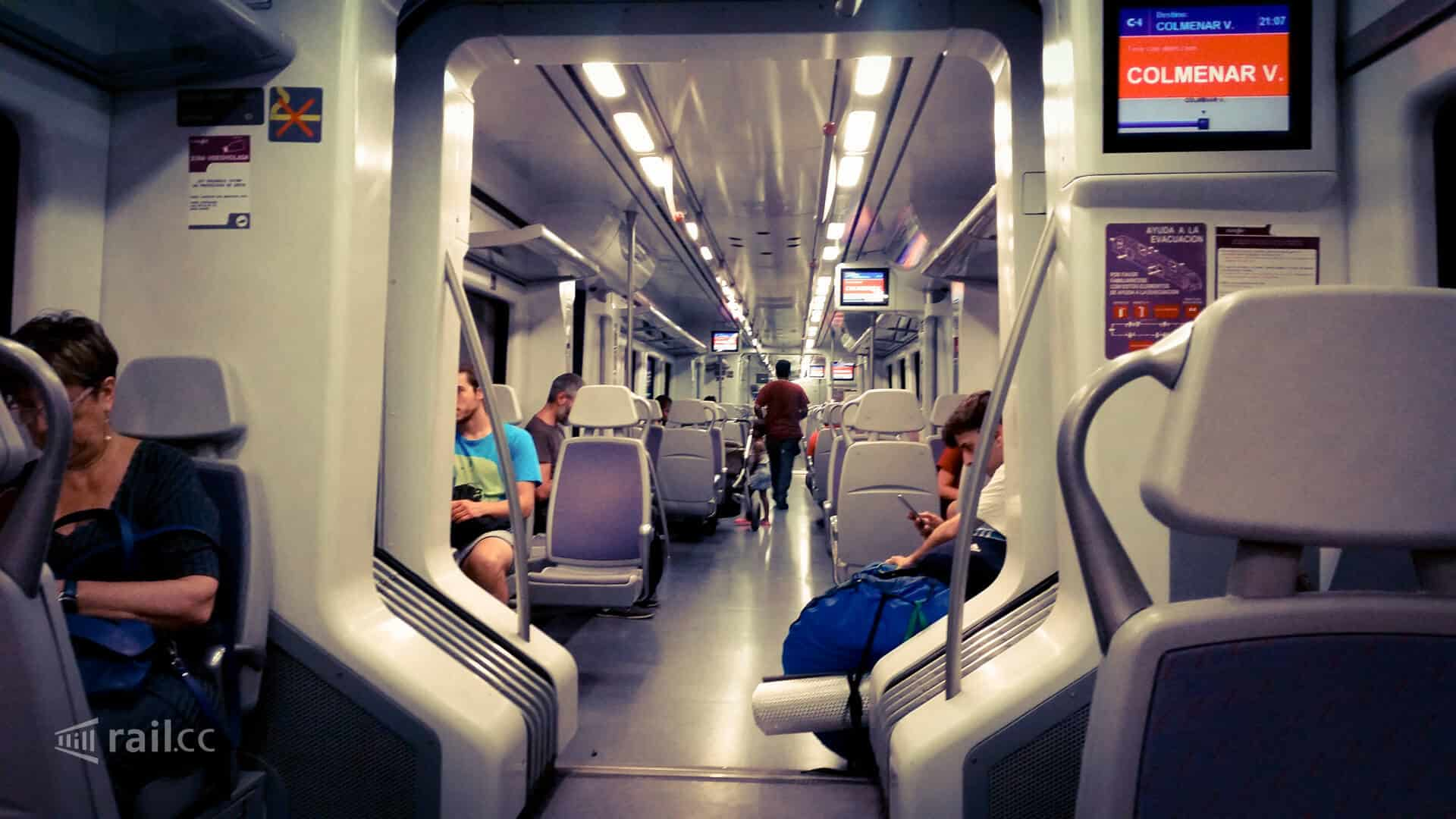 In a Cercanias train to change stations in Madrid.