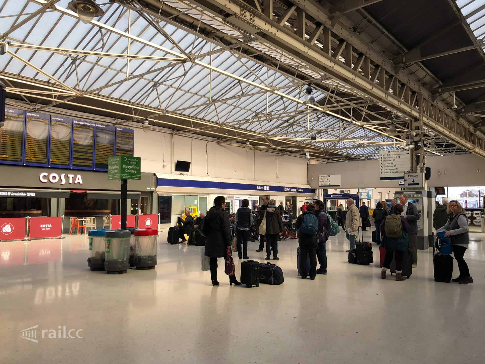 Inverness train station-Departures