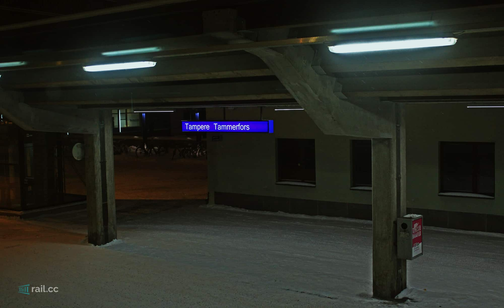Tampere railway station at night