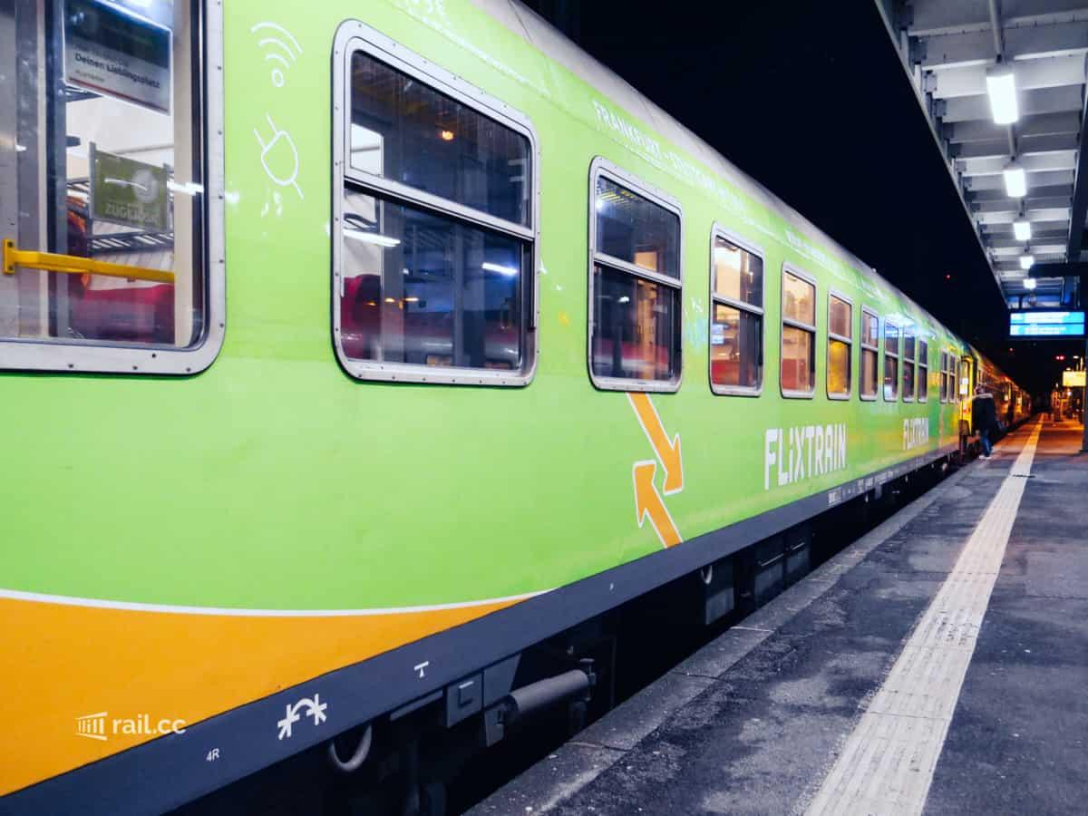 Flixtrain wagon in Stuttgart main station