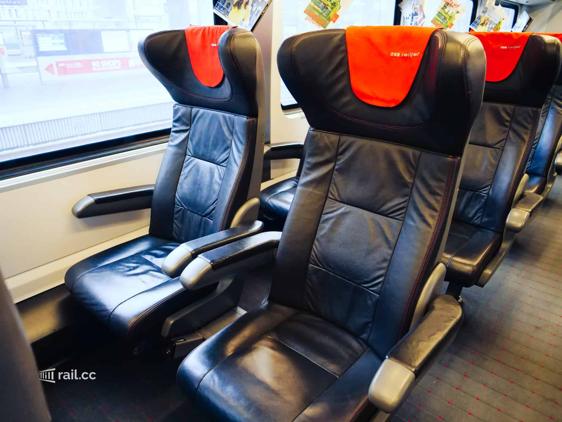 Seats in the Railjet First Class