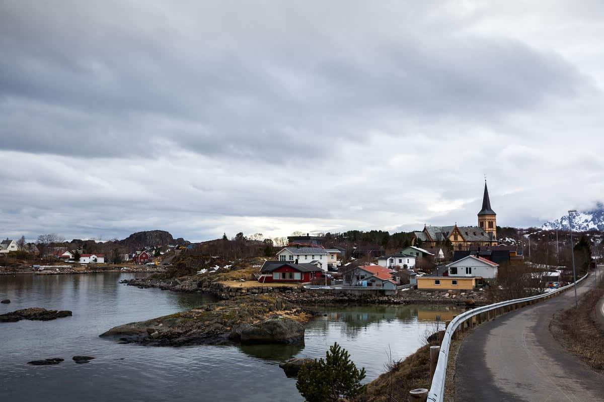 Ein Blick auf das Dorf Kabelvåg.