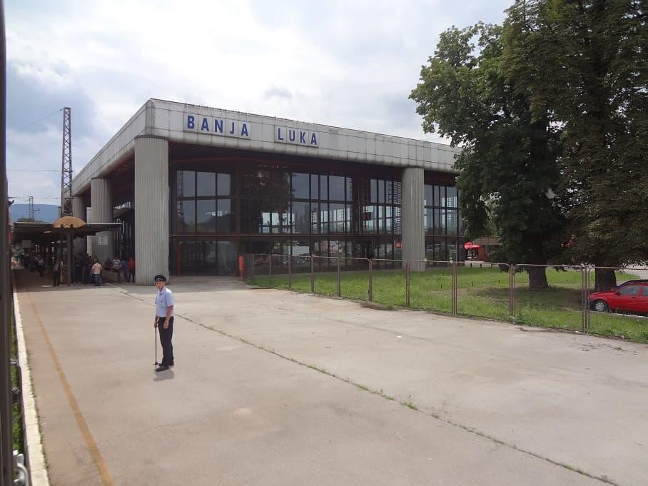 Wagenmeister im Bahnhof Banja Luka