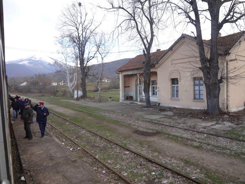 Bahnhof an der Strecke Skopje-Bitola