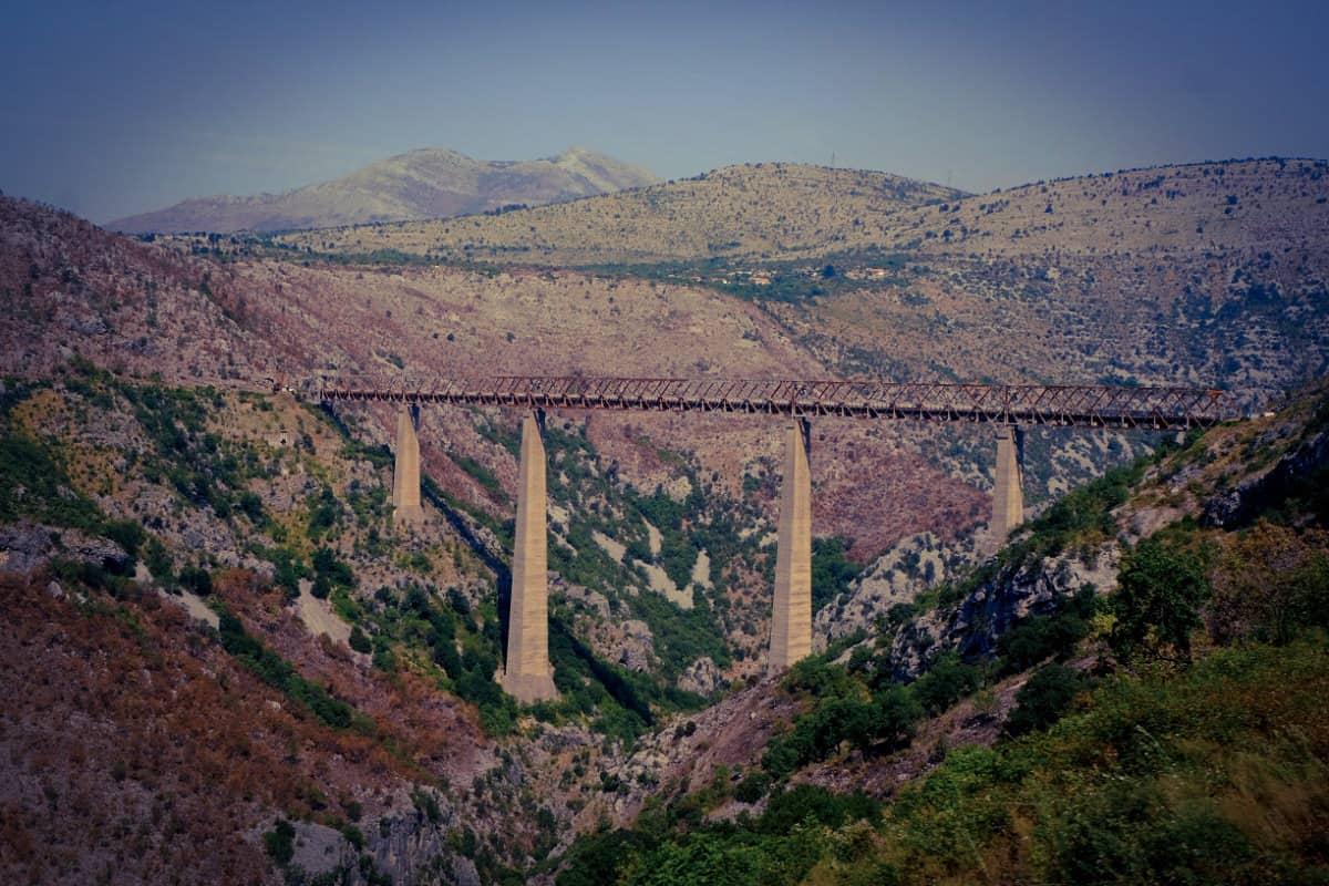 Mala Rijeka Most: die höchste Eisenbahnbrücke Europas