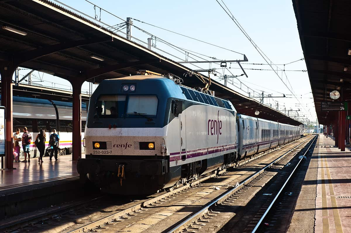 Der Lusitania ist am Bahnhof Madrid Chamartin angekommen.