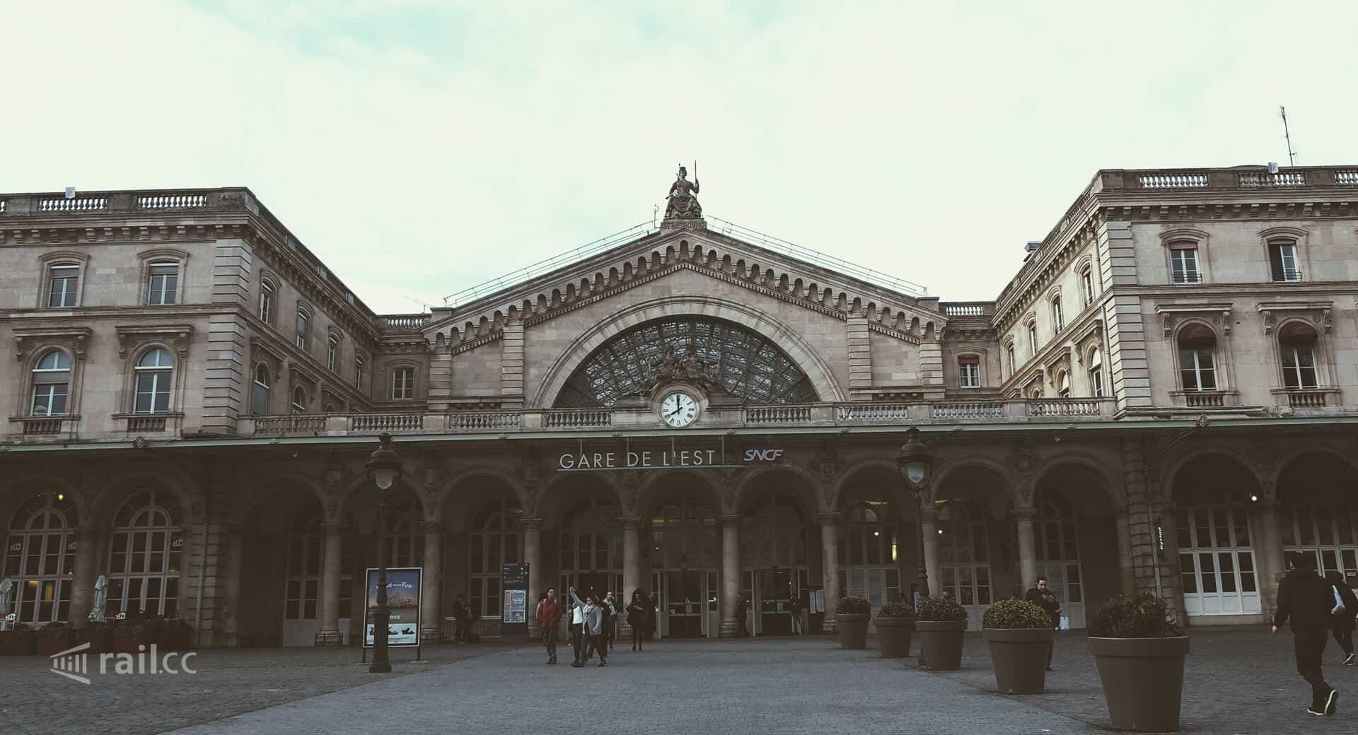 Der Ostbahnhof in Paris: Gare de l'Est.