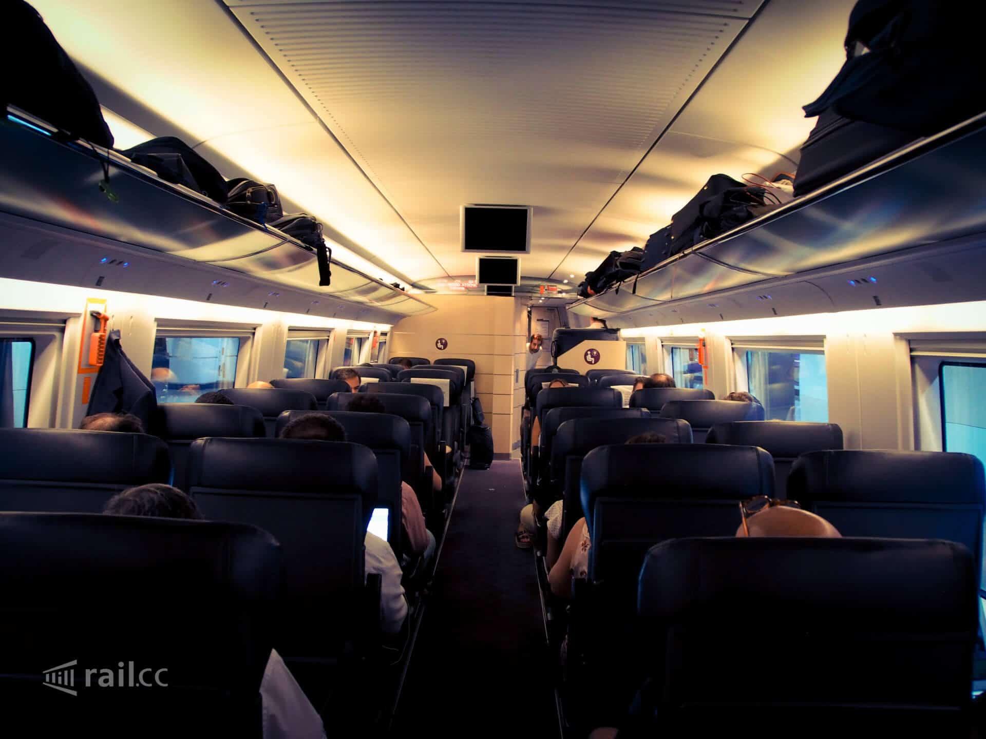 Zug Madrid Sevilla