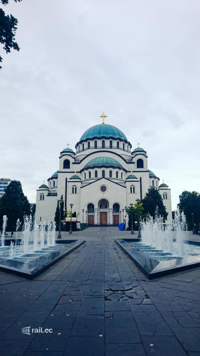 Dom des Heiligen Sava am frühen Morgen