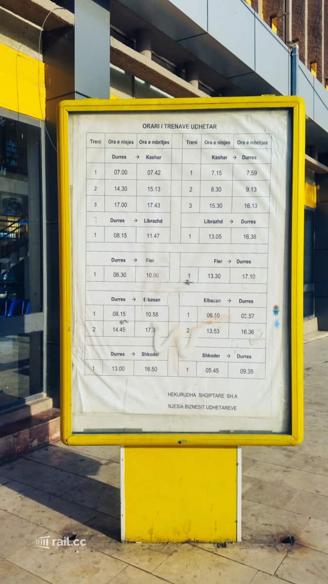Fahrplan Züge ab/nach Durres