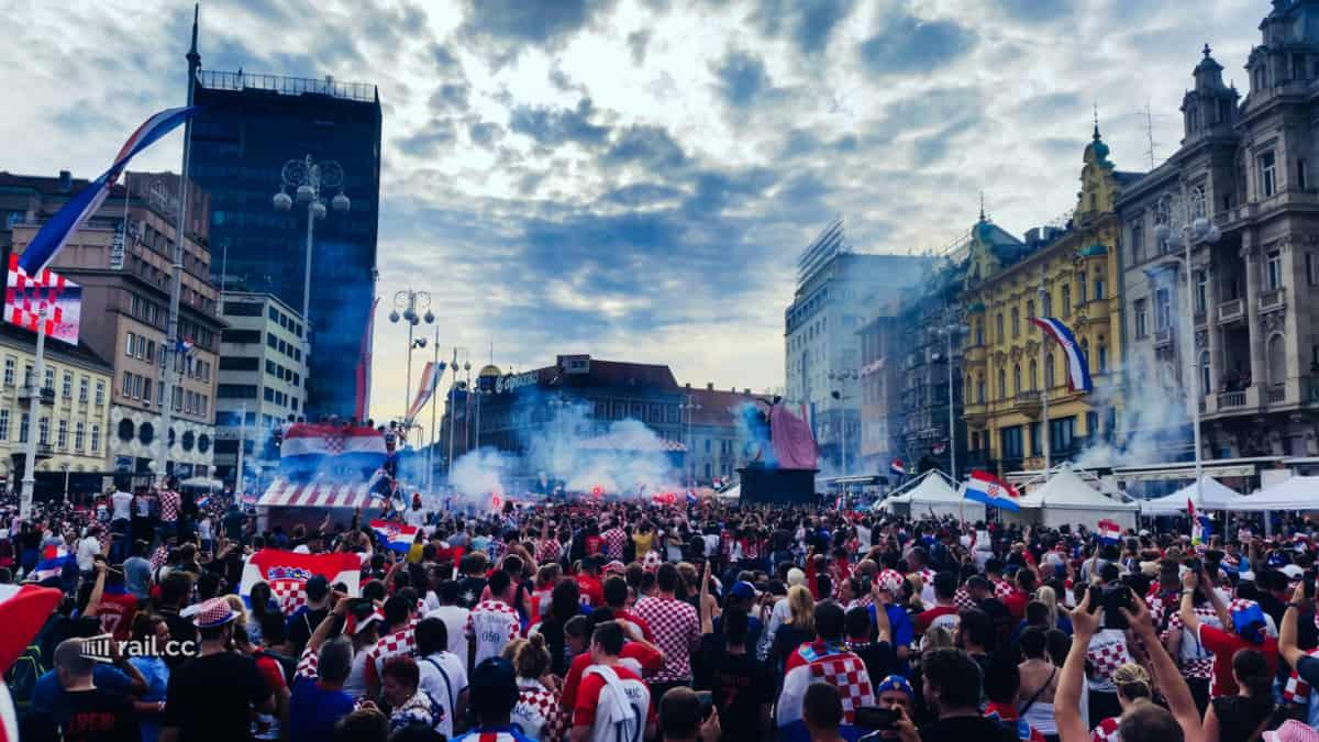 Stimmung beim Finale auf dem Ban-Jelacic- Platz in Zagreb